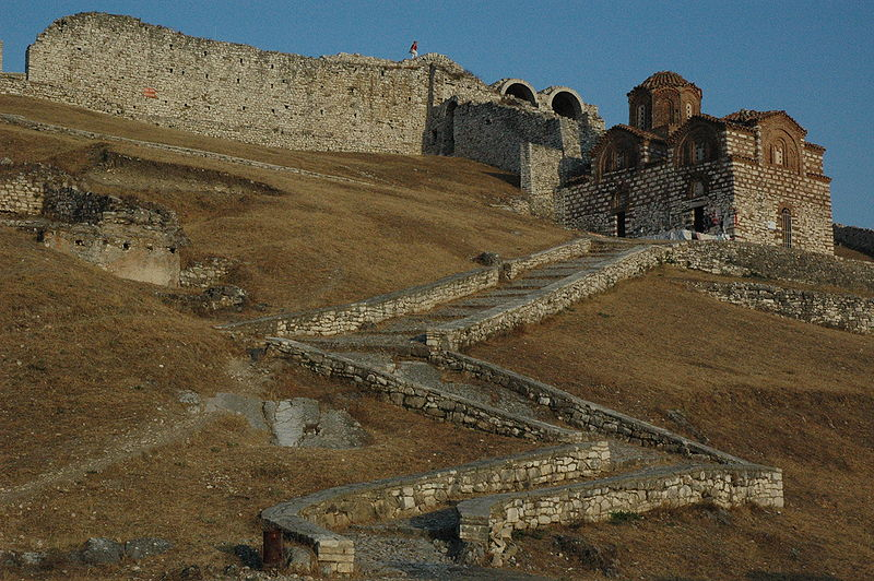 Venetië, Sicilië en Byzantium twisten om Albanië