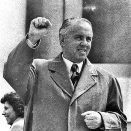Banden worden verbroken met de Sovjets