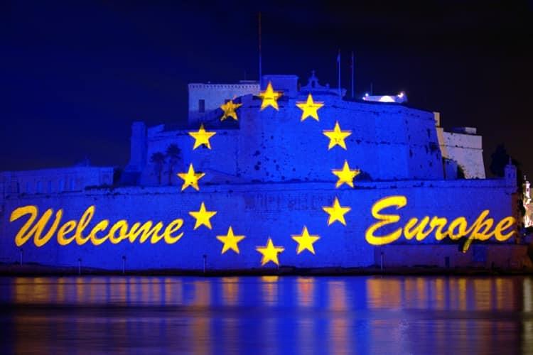 Polen wordt lid van de Europese Unie