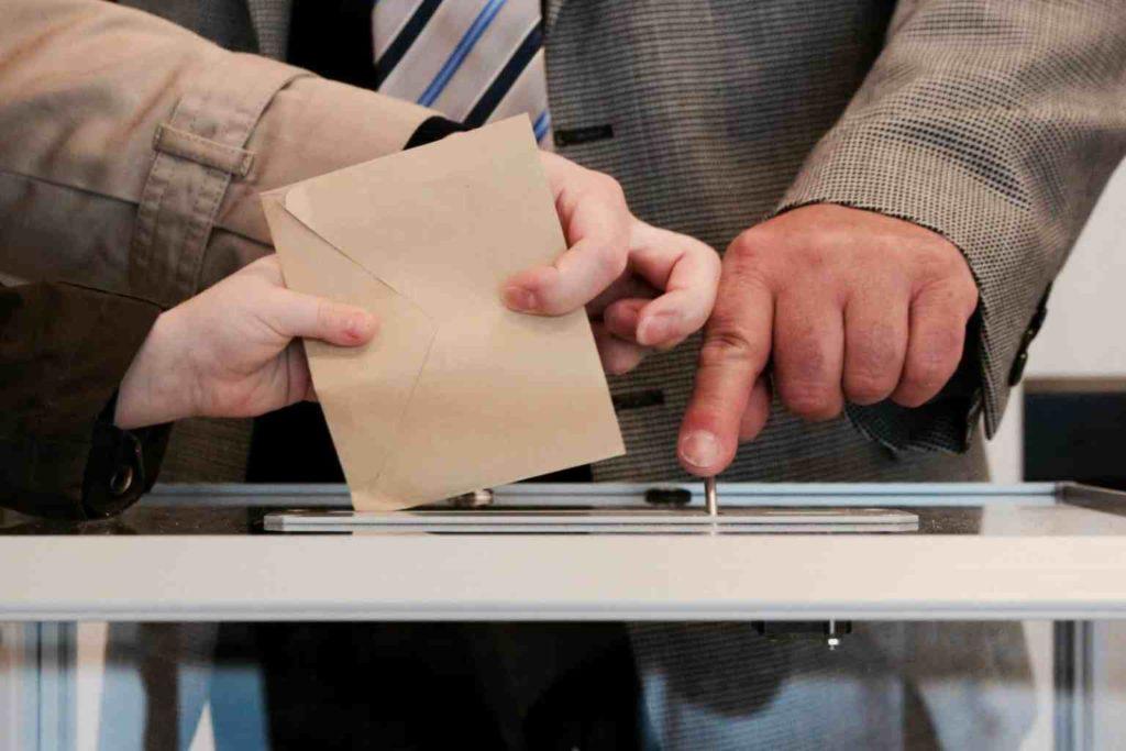 Referendum versterk positie Loekasjenko