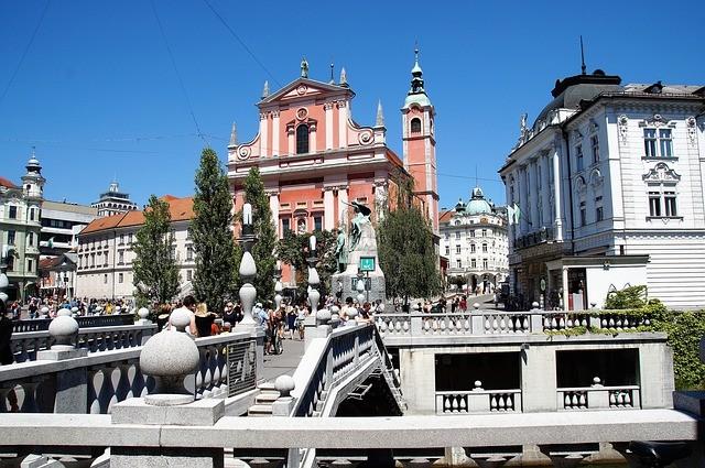ljubljana-2687908_640